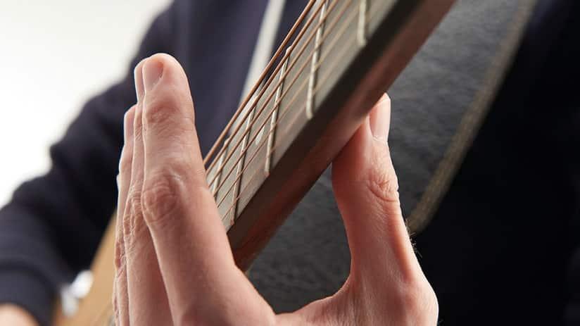 Перкуссионные приемы игры на гитаре - фингерстайл