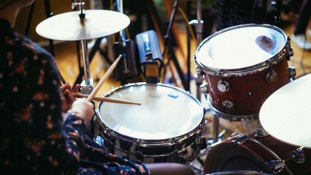 барабаны фон